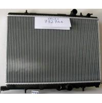 RADIATORE ACQUA PEUGEOT 206 1.6 i cc 1587  65 kw 1998-2000 VALEO 732744
