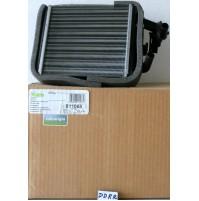 RADIATORE RISCALDAMENTO  FIAT PANDA(141A) 999 ccm, 32 KW VALEO 811065